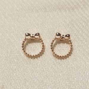 Jewelry - NWOT rose gold plated earrings